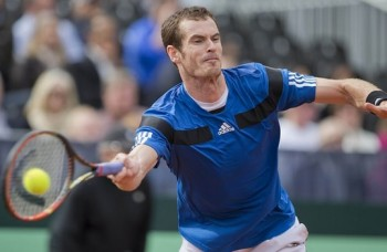 Andy Murray claims routine win in Rotterdam